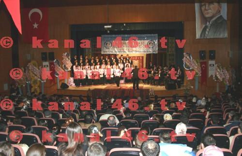 Türk Halk Müziği konseri ilgi ile izlendi