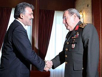 Gül, Orgeneral Büyükanıt'ı kabul etti