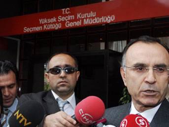'AKP kapatılsa bile Erdoğan bağımsız aday olur'