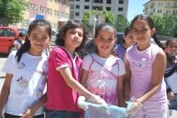 Öğrencilerden çevre temizlik kampanyası