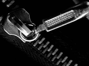 Tecavüzcünün 'fermuar' savunması