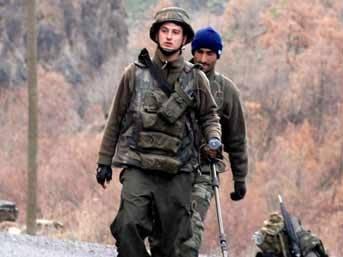 Yola döşenen mayın patladı: 7 asker yaralandı