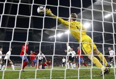 Finalde Hollanda ile İspanya karşılaşacak!