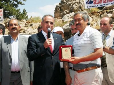 BBP'lilerden Göksun Belediye Başkanı'na tepki!