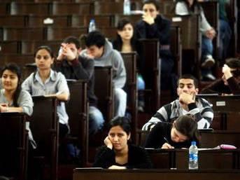 Liselilere okulu erken bitirme şansı!..