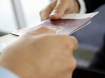 FLAŞ: Süper güç ile vizeler iki aya kalkıyor!