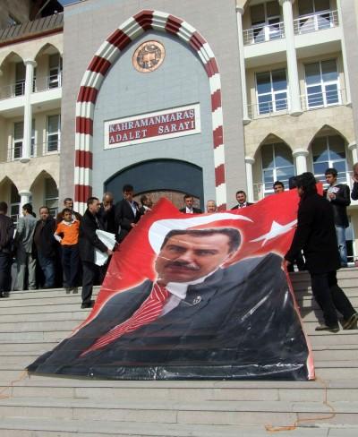 BBP'liler Kahramanmaraş Adliyesi'ne dilekçe verdi..