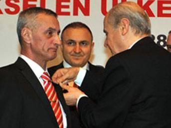 FLAŞ: MHP'yi karıştıracak Perinçek iddiası!..
