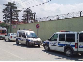 FLAŞ: Kapalı cezaevinde isyan!...