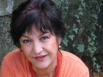 Sanatçı Fatma Murat hayatını kaybetti...
