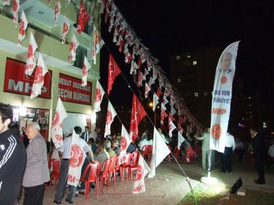 MHP'li Dedeoğlu'ndan mitinge katılanlara teşekkür'