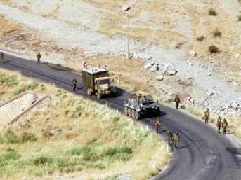 Şırnak'ta askeri birliğe saldırı: 3 şehit..