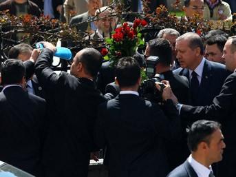 Başbakan Erdoğan'a 'çip'li koruma...