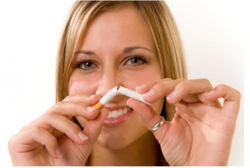 Alo Sigara Bırakma Danışma Hattı'na yoğun ilgi..