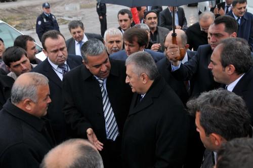 Ulaştırma Bakanı Yıldırım Kahramanmaraş'a geldi..