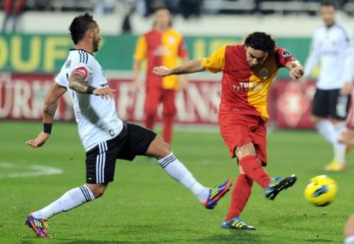 Derbi maçında Beşiktaş ile Galatasaray karşılaştı..