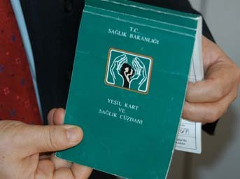 Vizesi dolan yeşil kartlılar gelir testi yaptıracak!