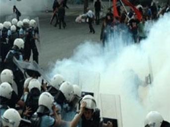BDP'liler Taksim'i savaş alanına çevirdi!..