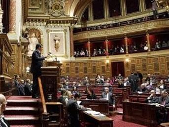 Fransa'da soykırım tasarısı kabul edildi!