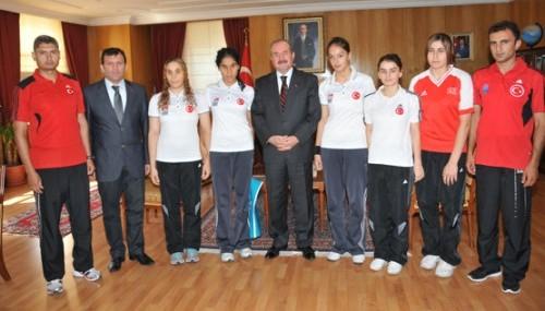 Türkiye Goalball Milli Takımından Valilik ziyareti..