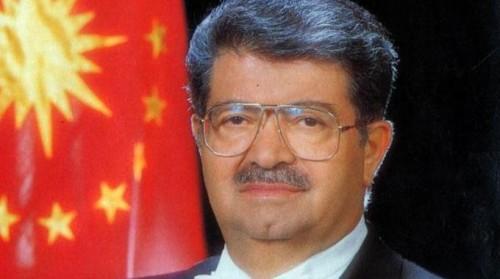 Merhum Cumhurbaşkanı Özal'ın mezarı açılacak..