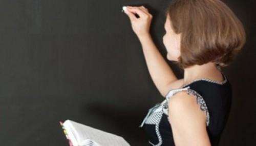 Öğretmene 700 liralık ek ders müjdesi..