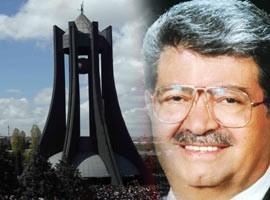 Merhum Özal'ın mezarı ziyarete kapatıldı..