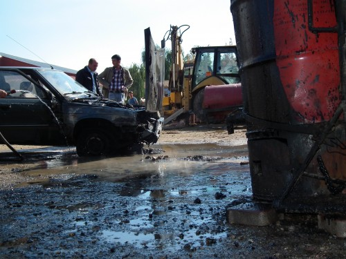 Ziftten sızan fuel oille yandı..