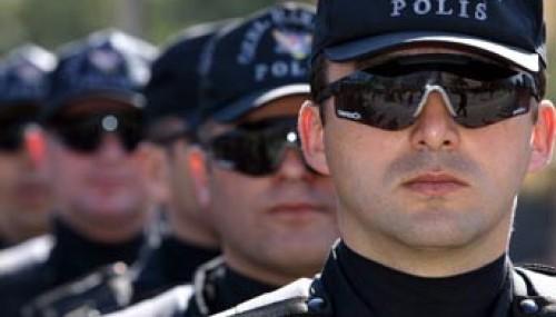 Göksun polisi kaçakçılara geçit vermedi..