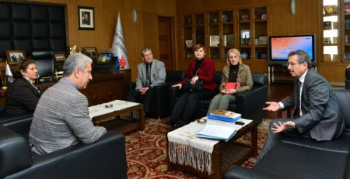 CHP'lilerden Ak Partili Başkan Poyraz'a ziyaret...