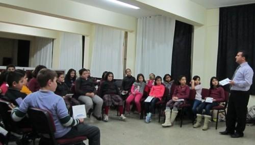 Ahmet Bayazıt Ortaokulu'nda hızlı okuma eğitimi…