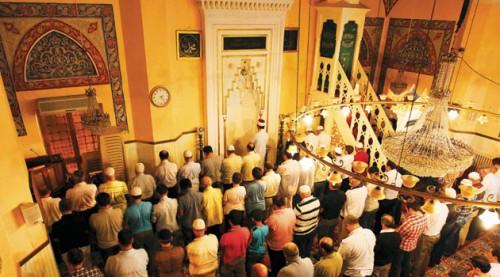 Mevlid Kandili'nde camiler doldu taştı...