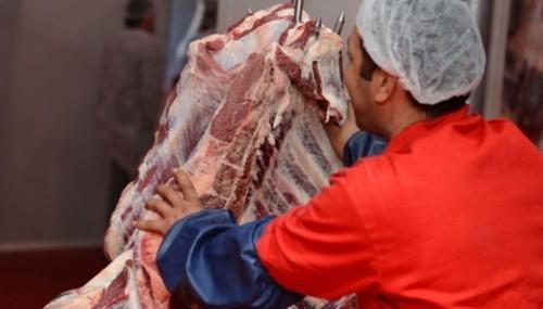 Et fiyatı düştü, tüketici düşüşü hissetmedi..