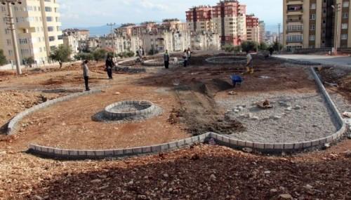 Belediye park yapım çalışmaları devam ediyor..