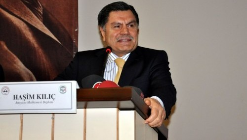 Haşim Kılıç ''Yeni Anayasa Sempozyumu''nda konuştu..
