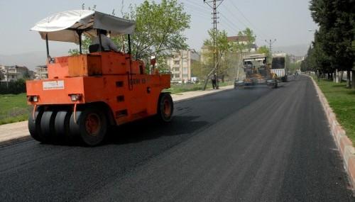 Hoca Ahmet Yesevi Bulvarı asfalt'a kavuştu..