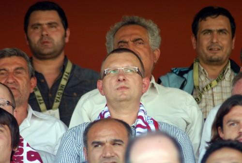 Alman komutan Kahramanmaraşspor'un maçını izledi..