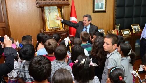 Poyraz'dan çocuklara yerel yönetim dersi..