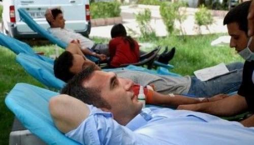 İlk kan bağışı kampanyası düzenlendi..