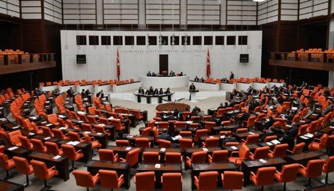 Sözleşmelilere kadro Meclis'te görüşülüyor..