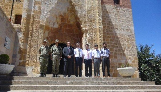 Vali Kocatepe Afşin Eshab-I Kehf i ziyaret etti..