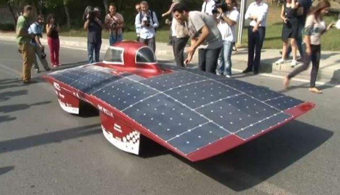 Bakan Yıldız güneş arabası