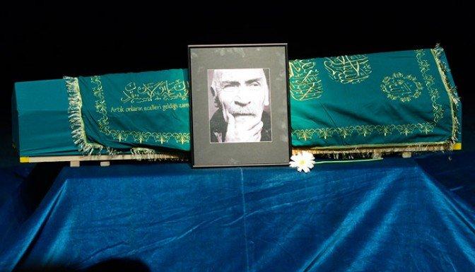 Tuncel Kurtiz için Muhsin Ertuğrul'da tören