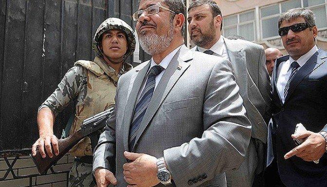 Mursi 4 Kasım'da hakim karşısına çıkacak