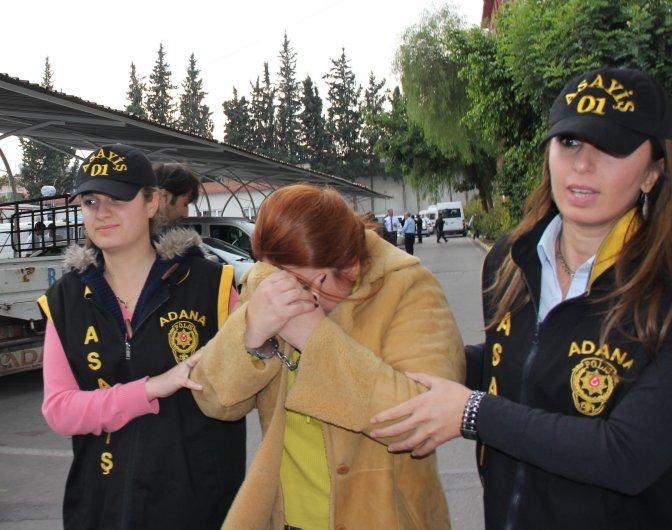 Dolandırıcılıktan aranan kadın yakalandı