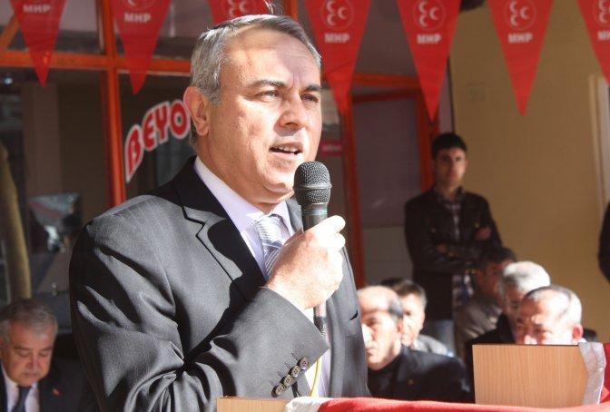 MHP Türkoğlu adayı Güçlü, seçim bürosu açtı