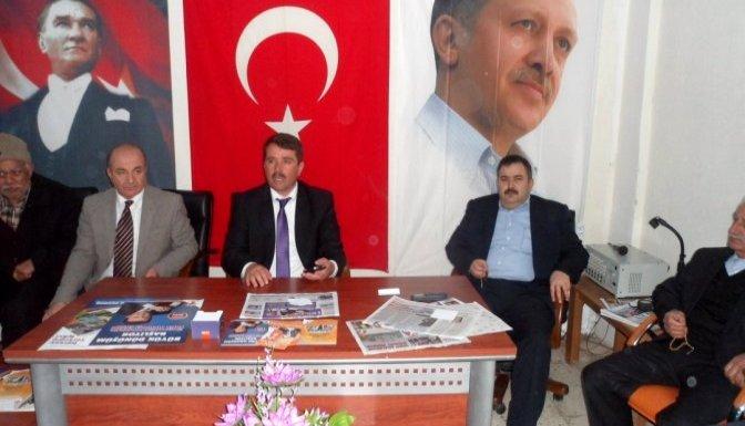 Türkoğlu'nda Başkan Okumuş'a sevgi seli