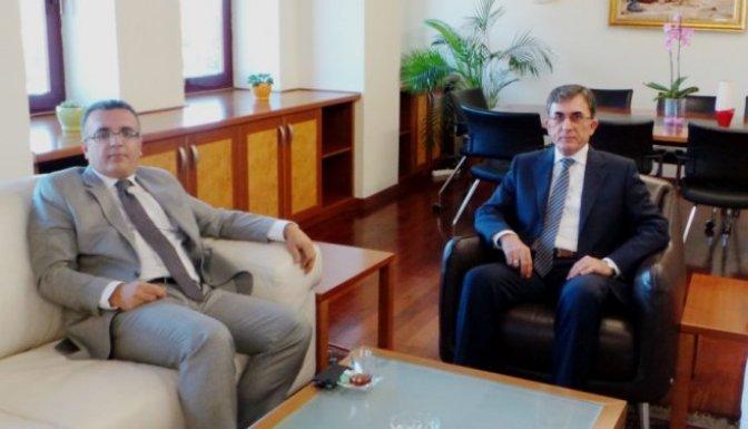 Kaymakam Boztepe Rektör Karaaslan'ı ziyaret etti