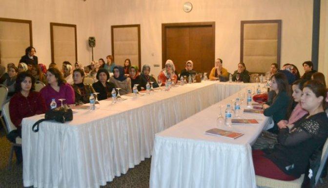 Sağlık personeline NRP eğitimi