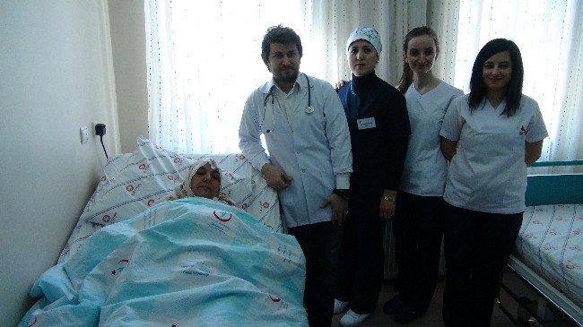 Kapalı Yöntemle Miyom Ameliyatı Yapıldı